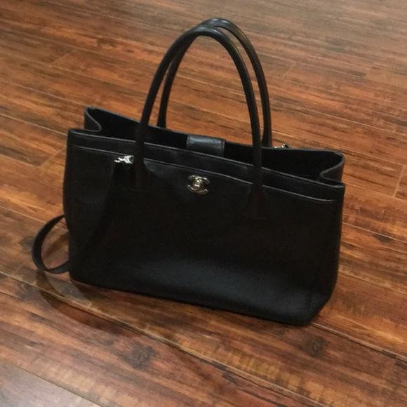 1124bdf9eeeb CHANEL Handbags - Chanel large tote bag